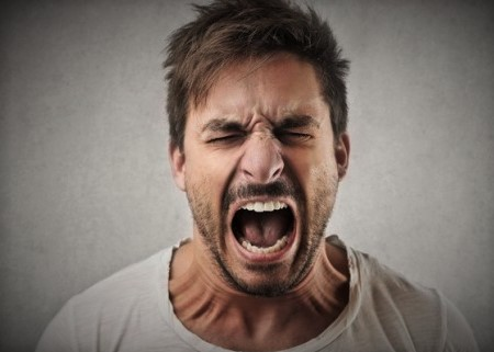 la-ira-el-enojo-griteria-que-dice-la-Biblia