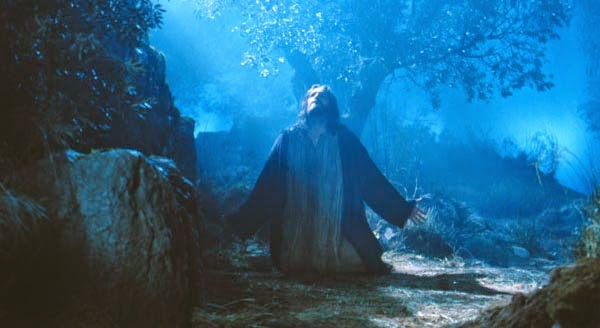 jesus-ora-getsemani